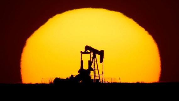 Нефть марки Brent подорожала выше $65 за баррель впервые с начала месяца