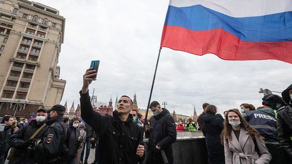 Кремль и оппозиция чижика съели