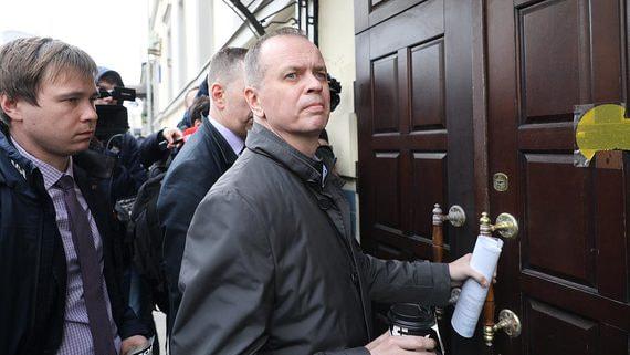 Адвокат Иван Павлов обвинен в разглашении тайны следствия по делу Сафронова