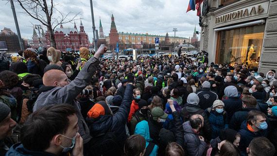 Больше сотни уголовных дел и ни одного символа протеста