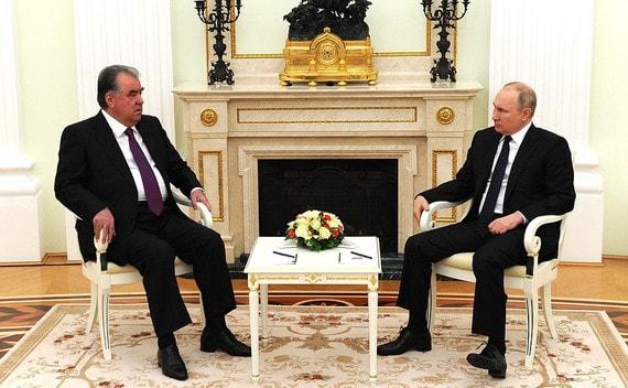 Путин заявил об укреплении российской военной базы в Таджикистане