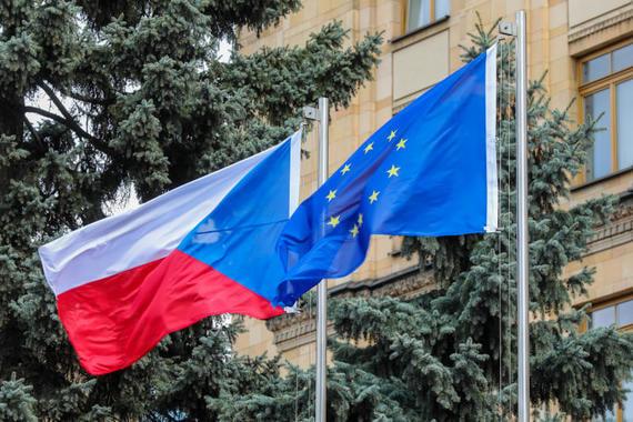 Власти Чехии призвали страны ЕС к высылке российских дипломатов