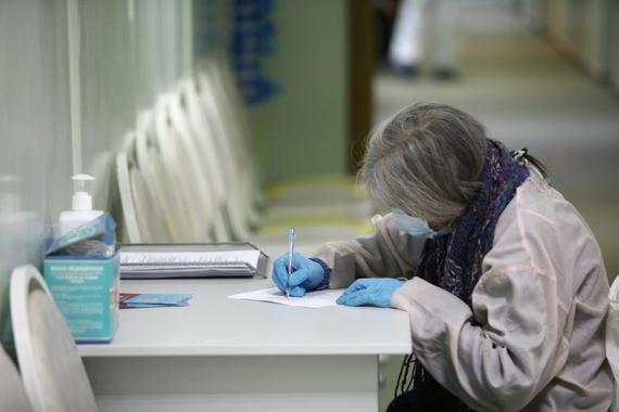 В России за сутки выявили 8465 новых случаев коронавируса