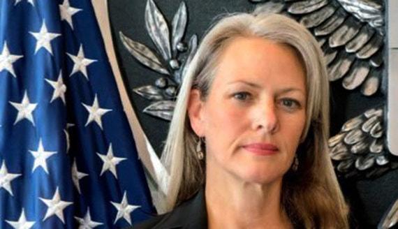 «Коммерсантъ» узнал о высылке из России пресс-секретаря посольства США