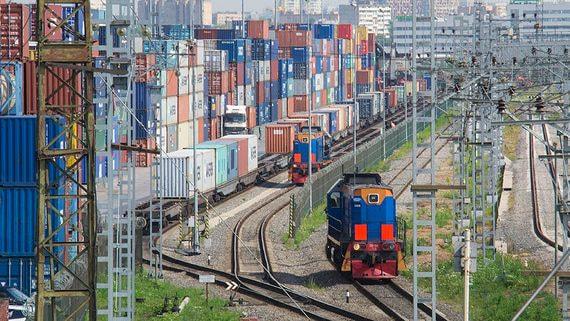 Контейнерные операторы выступили против конкуренции с полувагонами