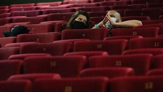 Кинотеатры попросили Мишустина продлить льготы по кредитам