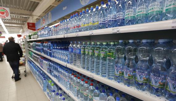 В России введут контроль за производством воды от скважины до прилавка