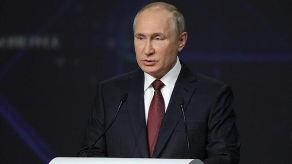 Путин напомнил депутатам о необходимости выполнять свои обещания