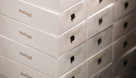 В США призвали запретить поставки продукции Apple из-за принудительного труда