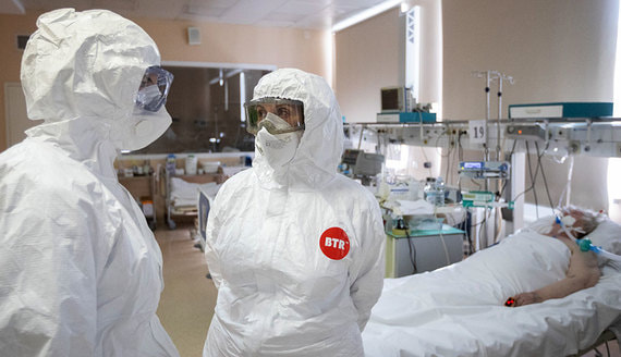 Биолог назвала факторы риска смерти при коронавирусе