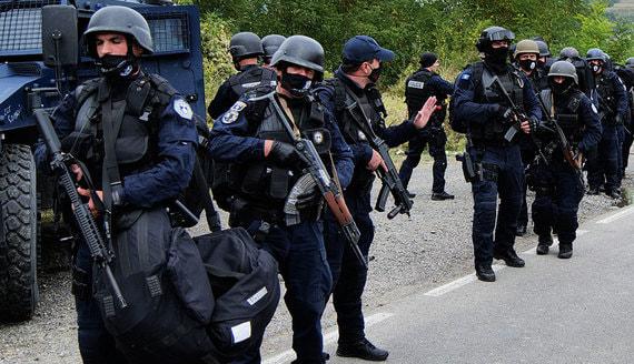 Силы НАТО прибыли на границу с Косовом после требования президента Сербии