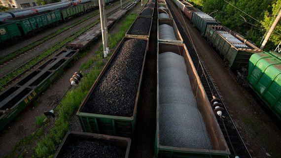 Работать по договорам «вези или плати» до 2025 года разрешат только угольщикам