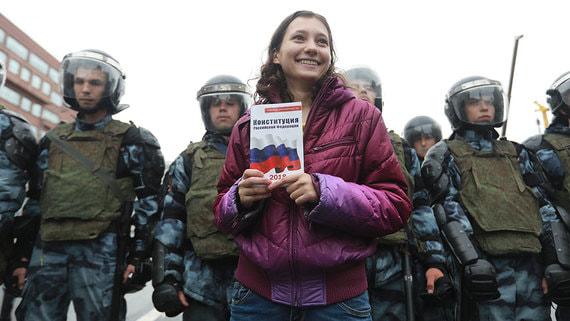 Песков оценил последствия для студентов из-за участия в протестах
