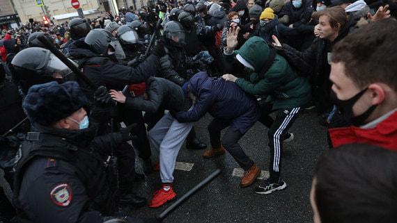 Число уголовных дел против участников протестов 23 января растет