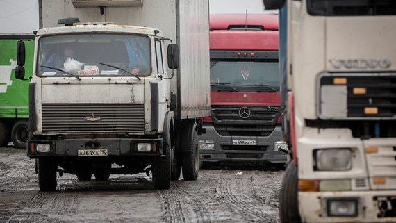 В Петербург запретили въезд грузовиков с экологическим классом ниже Евро-3